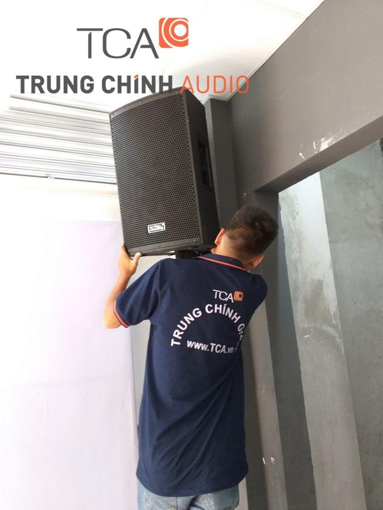 lap-dat-he-thong-am-thanh-hoi-truong-truong-quoc-te-gateway-04