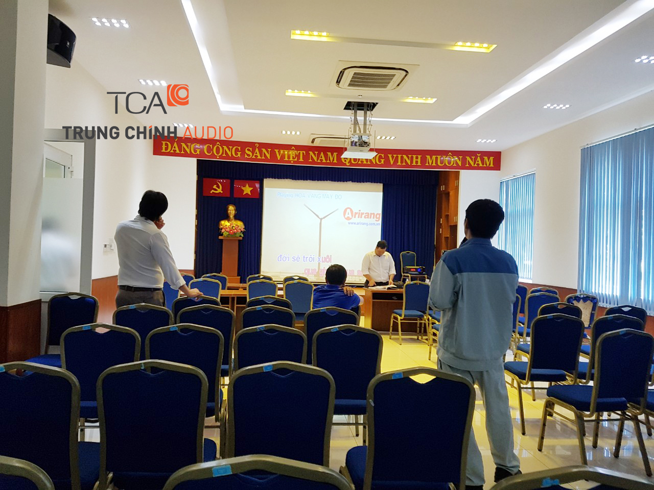 tca-lap-dat-am-thanh-nha-may-nuoc-sach-quan-12-005
