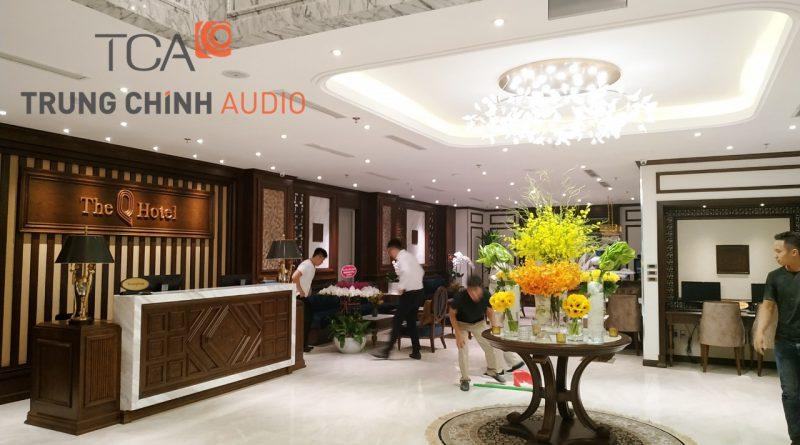lap-dat-he-thong-am-thanh-nhac-nen-thong-bao-the-q-hotel-hanoi-01