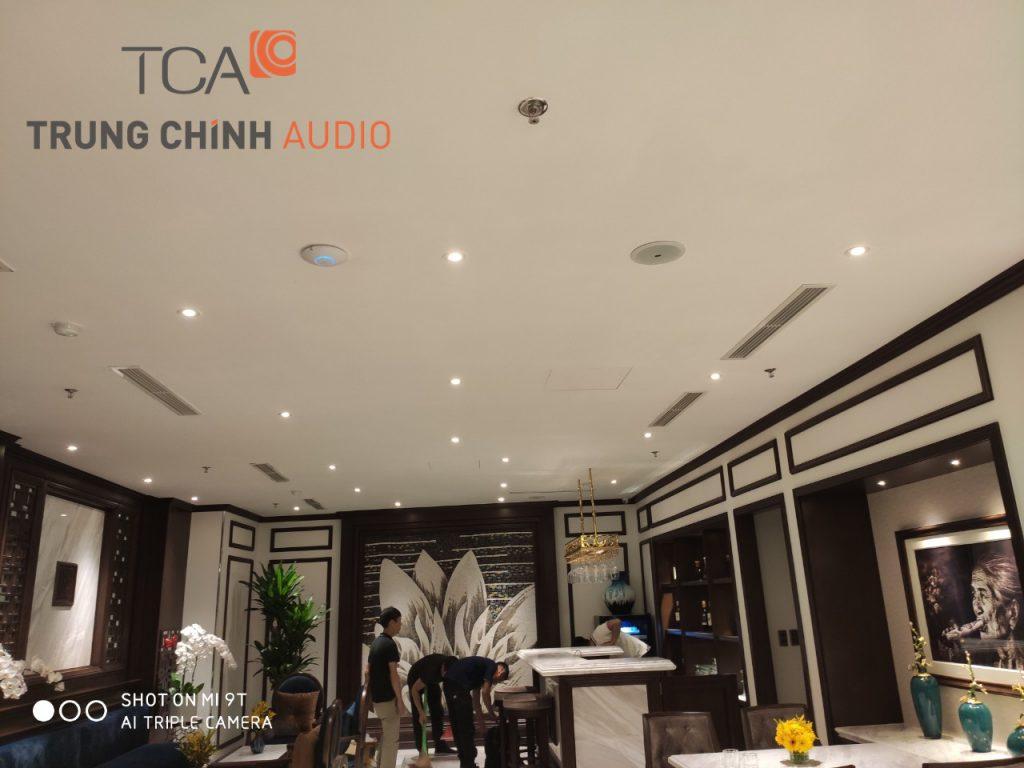 lap-dat-he-thong-am-thanh-nhac-nen-thong-bao-the-q-hotel-hanoi-03