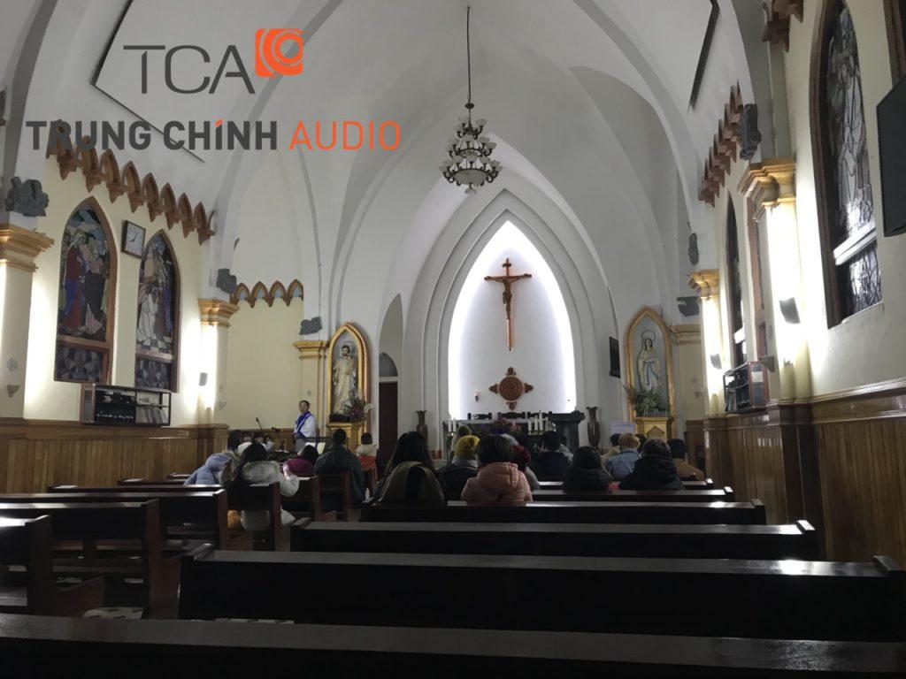 Nhà thờ đá Sapa thêm phần trang trọng với hệ thống loa thông minh TOA F-1300WT